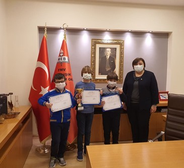 Our Students Who Ranked in Chess Tournament Received Their Awards